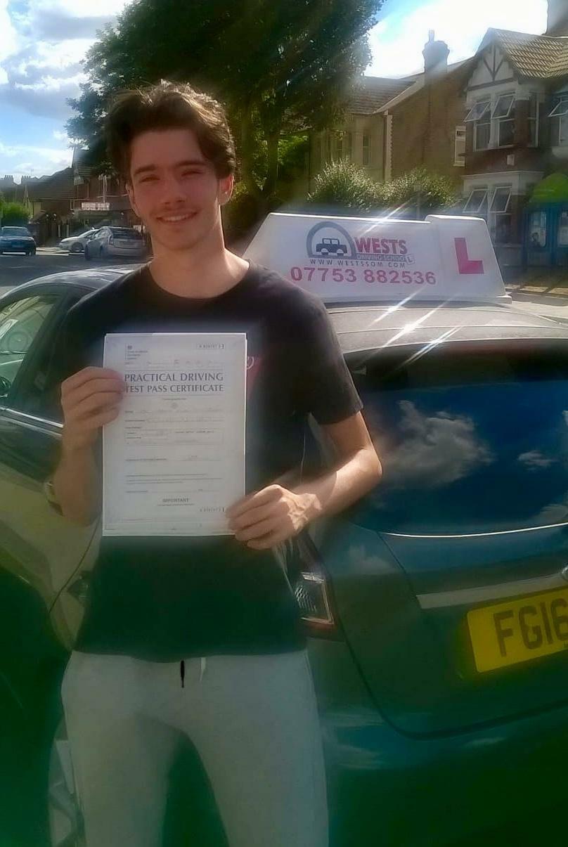 Manual Driving Lessons Upminster Bret passes test